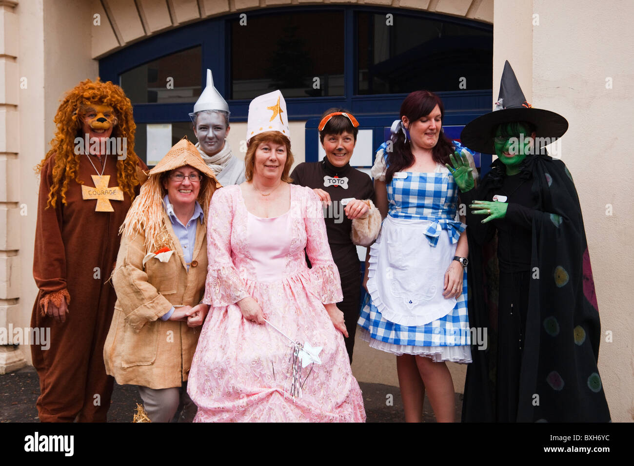 People fund raising for Children in Need charity wearing fancy dress from the Wizard of Oz. England UK Britain - Stock Image