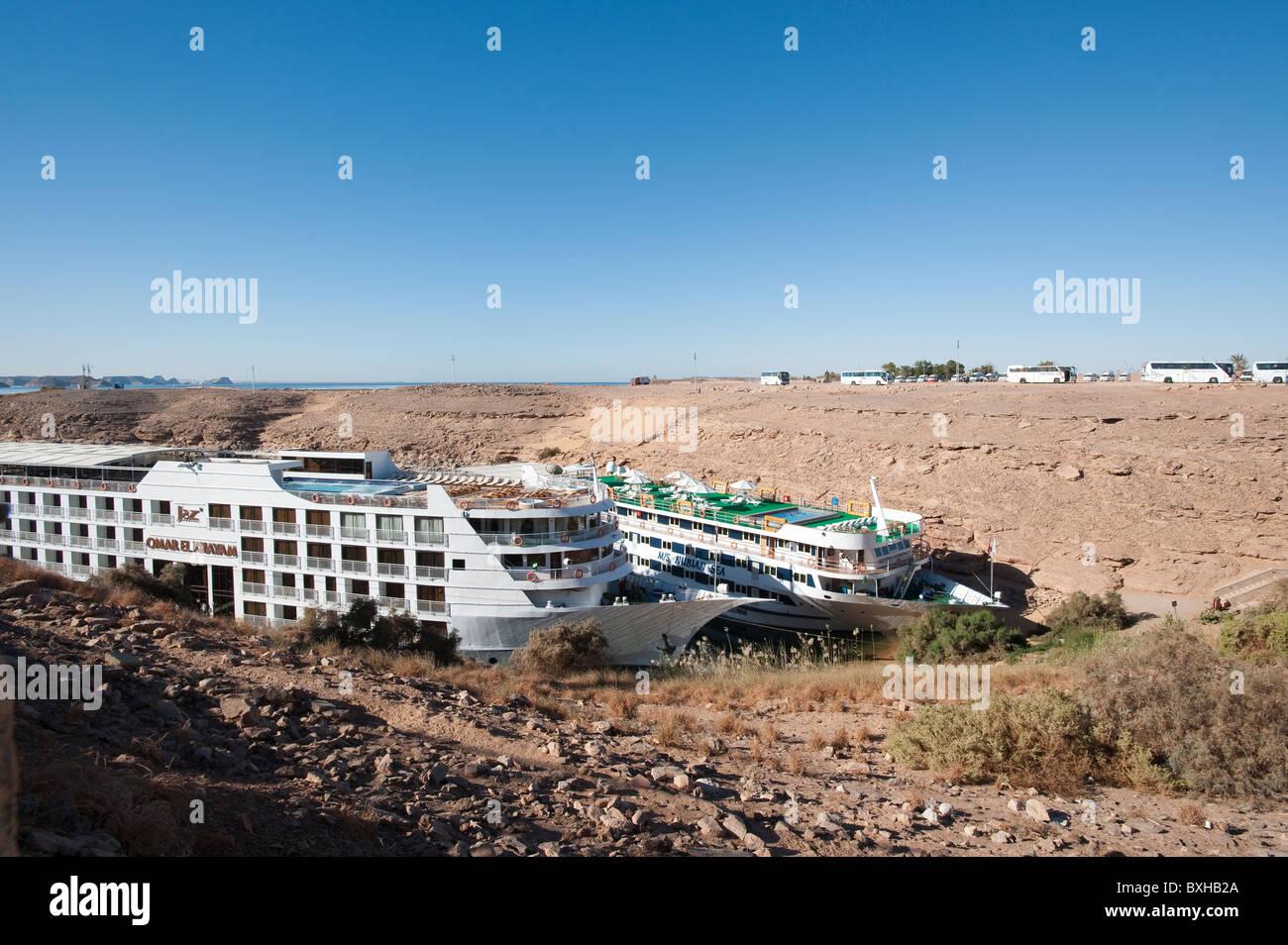 Egypt, Abu Simbel. Nile cruise ships. - Stock Image