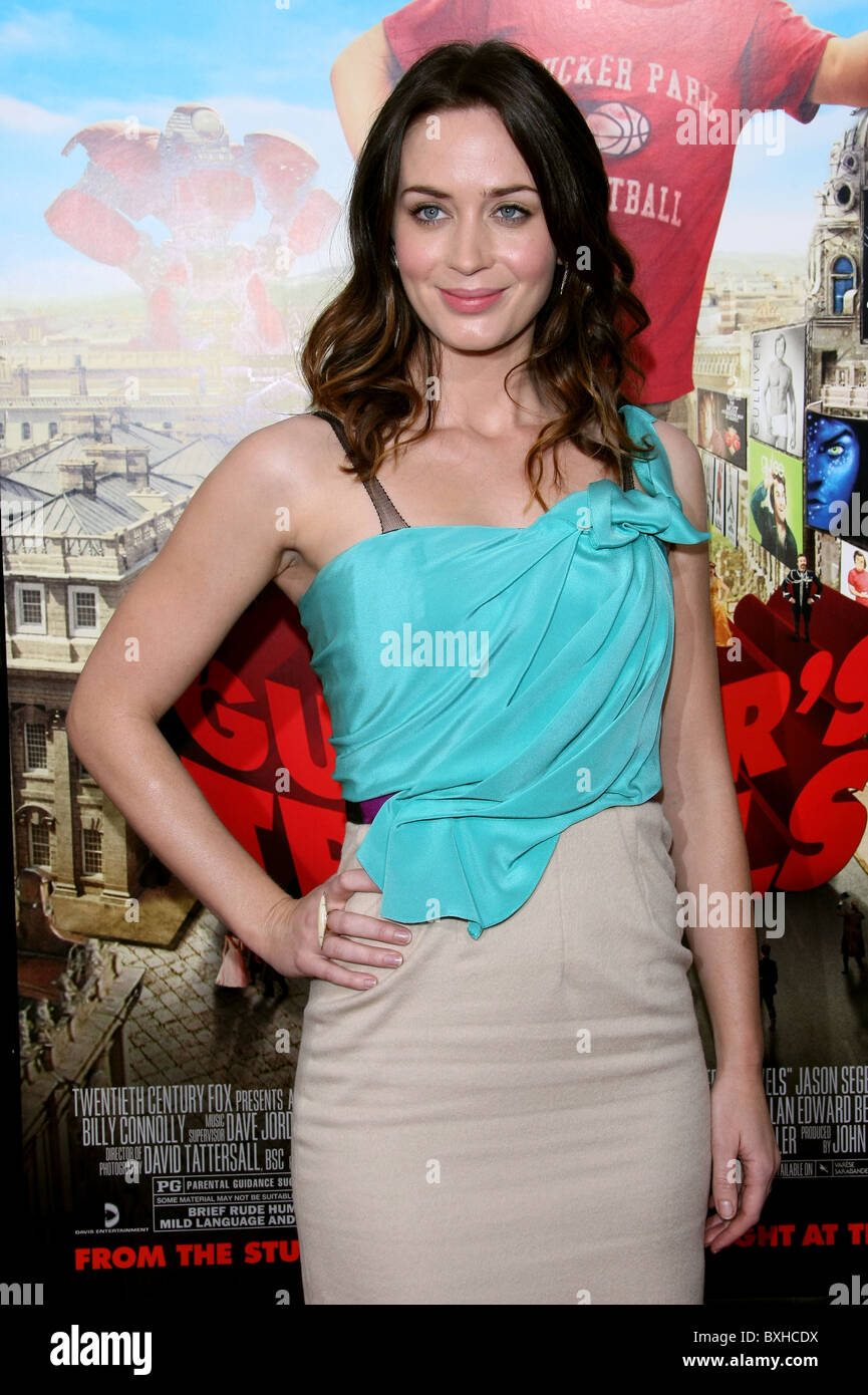 EMILY BLUNT GULLIVER'S TRAVELS LOS ANGELES PREMIERE HOLLYWOOD LOS ANGELES CALIFORNIA USA 18 December 2010 - Stock Image