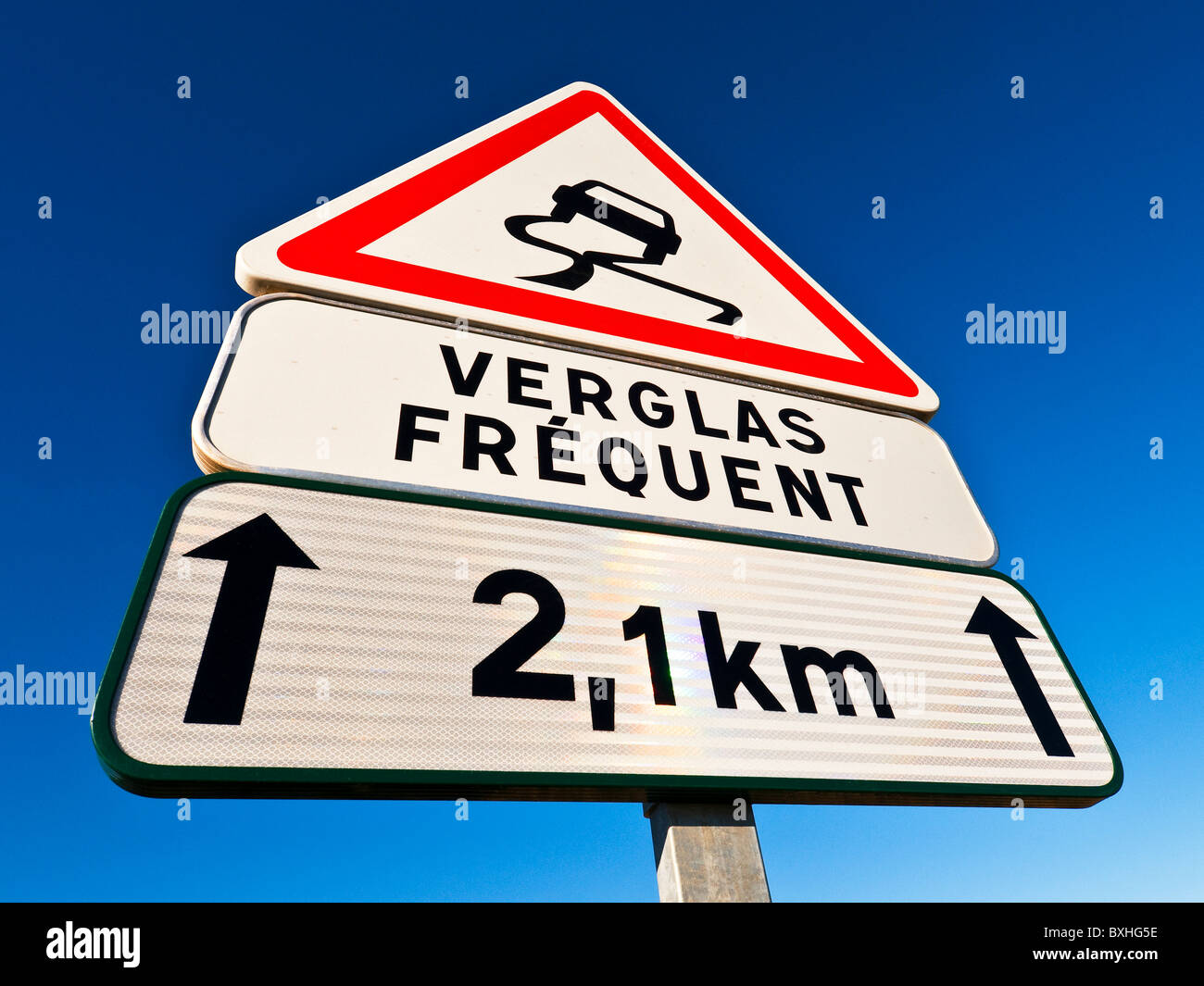 Modern French 'Verglas Fréquent' road traffic sign indicating icy / dangerous road - Indre-et-Loire, - Stock Image