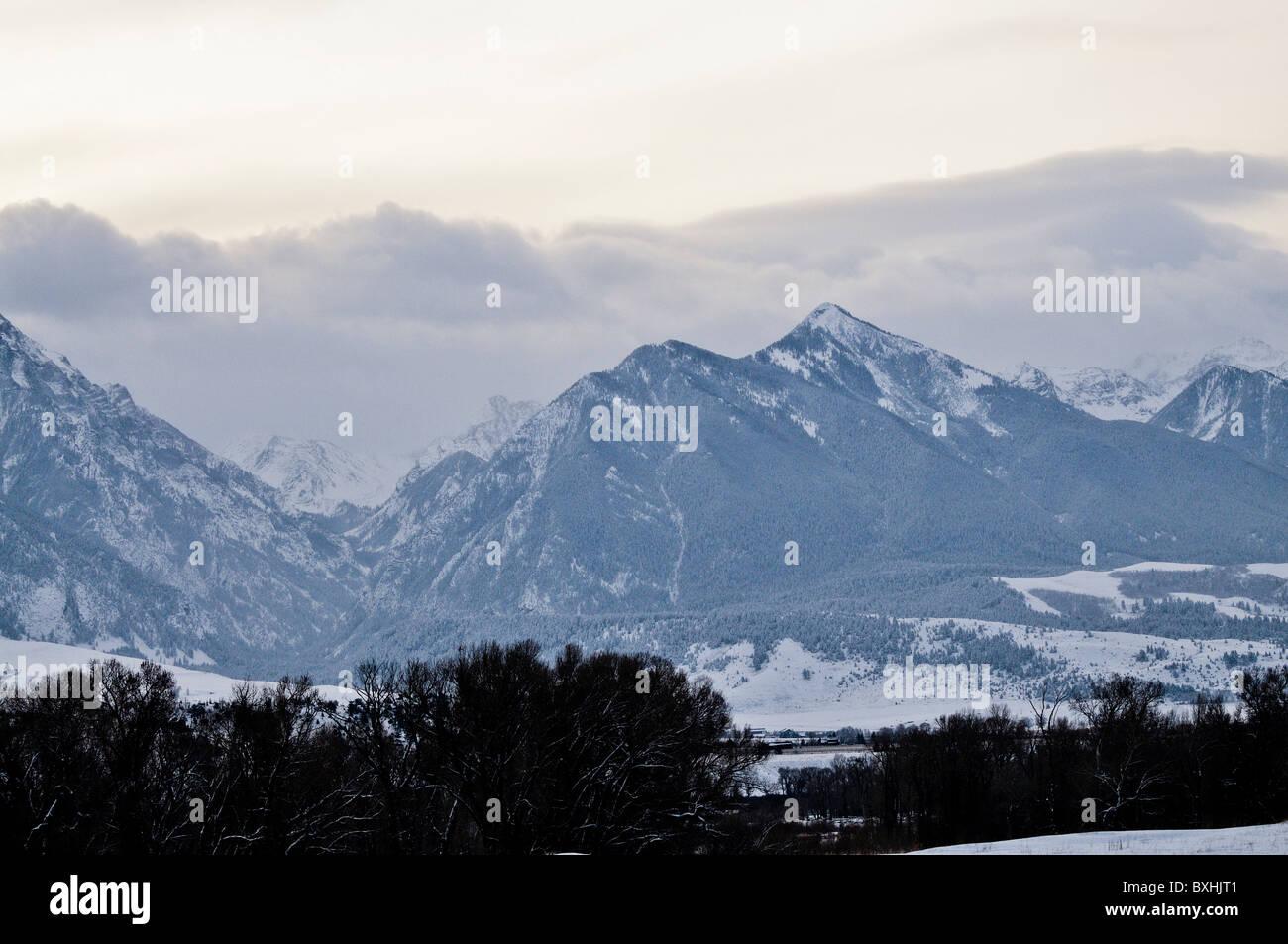Mountain Peaks north of Emigrant Montana - Stock Image