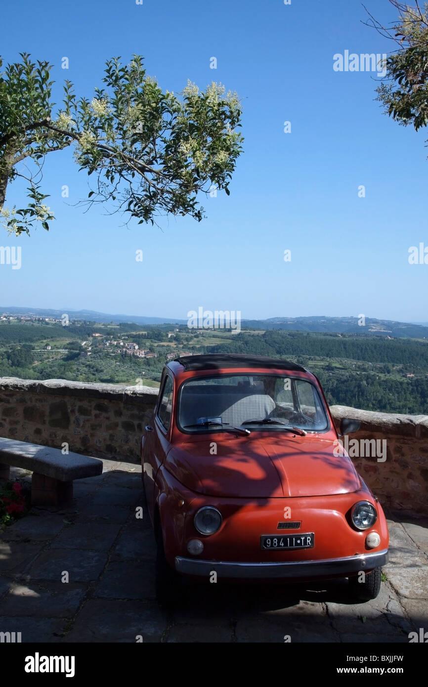 OLDTIMER FIAT 500 IN UMBRIA - Stock Image