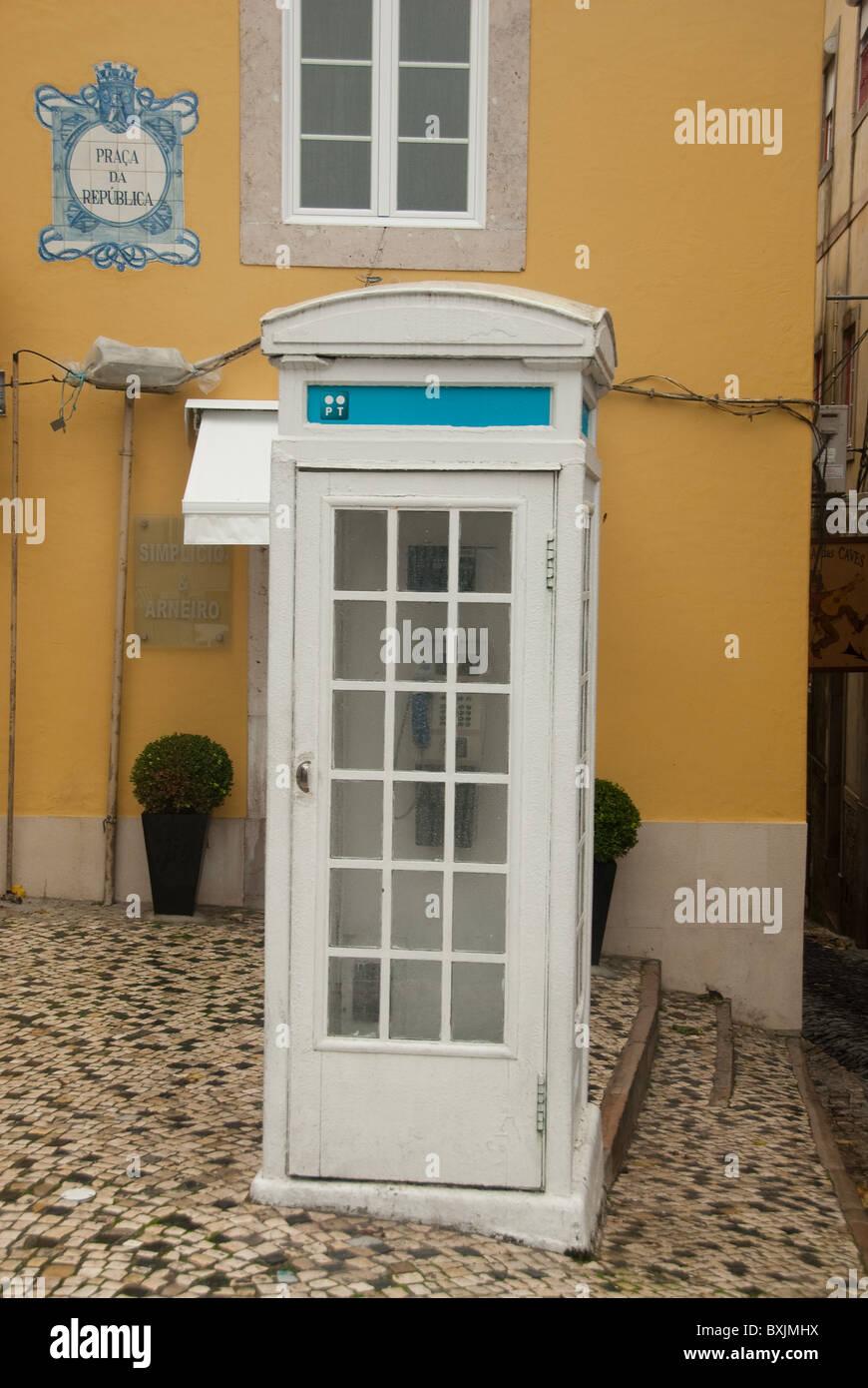 Telephone kiosk in Sintra, Portugal - Stock Image