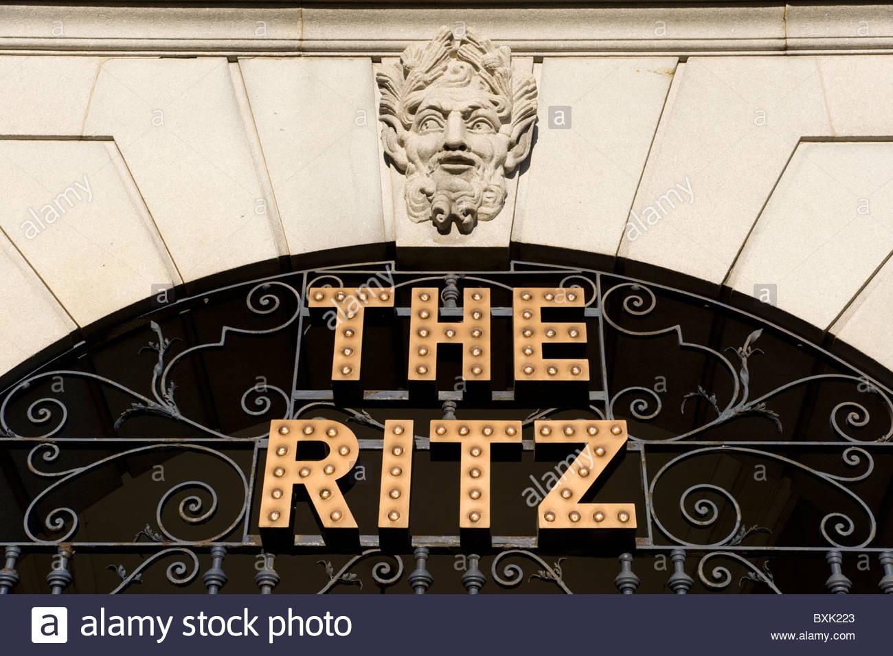 The Ritz Hotel, Piccadilly, London, England, UK - Stock Image