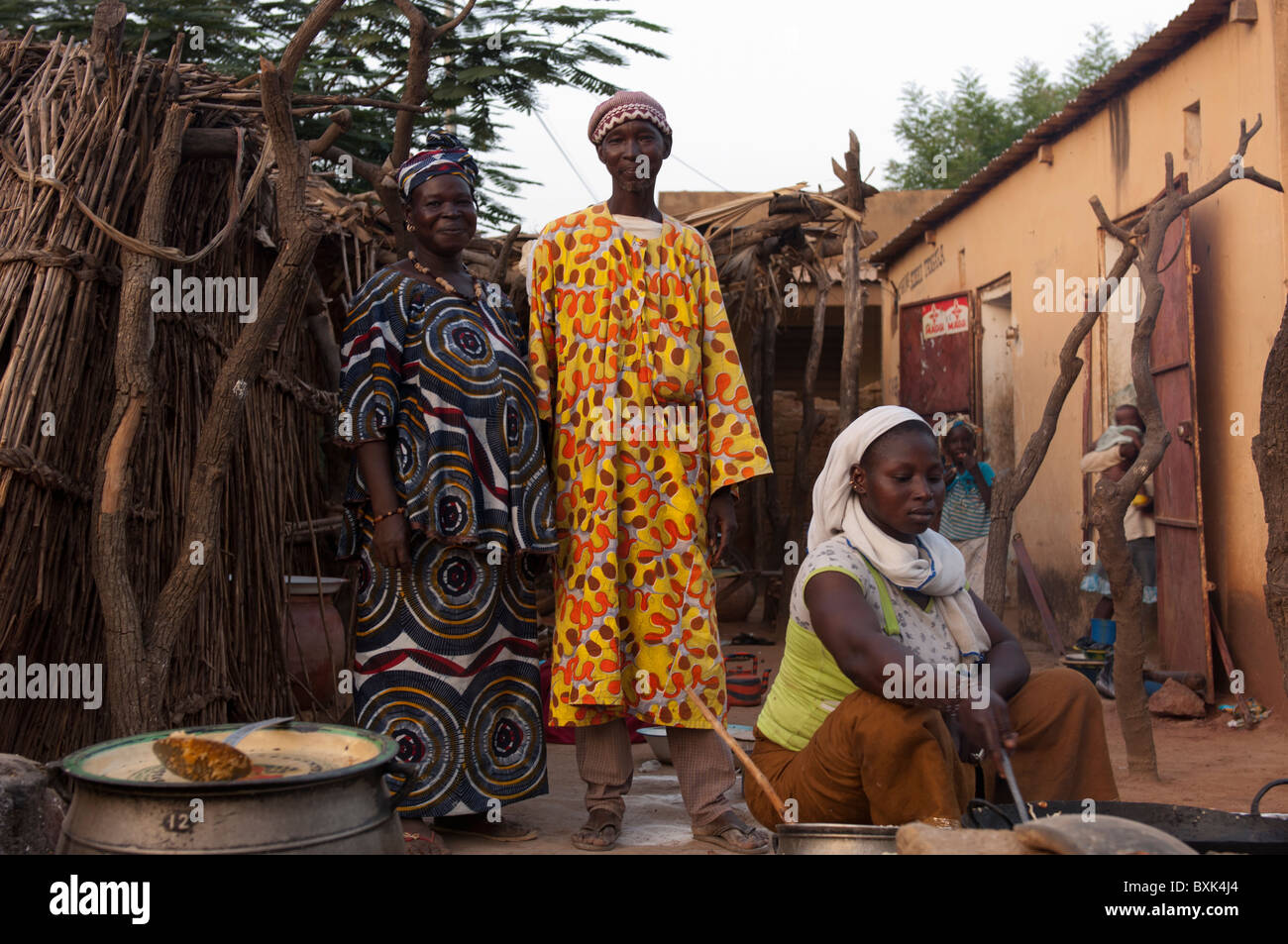 Owners of a primitive open 'restaurant:' in the village of Saye. Segou Region, Mali. - Stock Image