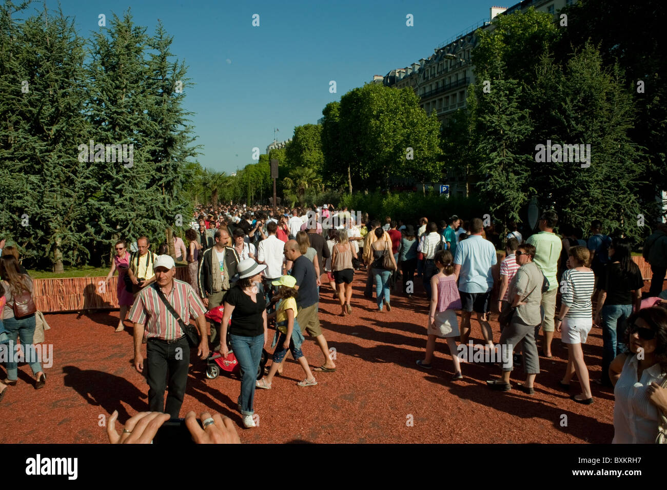 Crowd of Tourists, Visiting Paris, France, Garden Festival, Champs-Ely-sees Farmer's Event on Street - Stock Image
