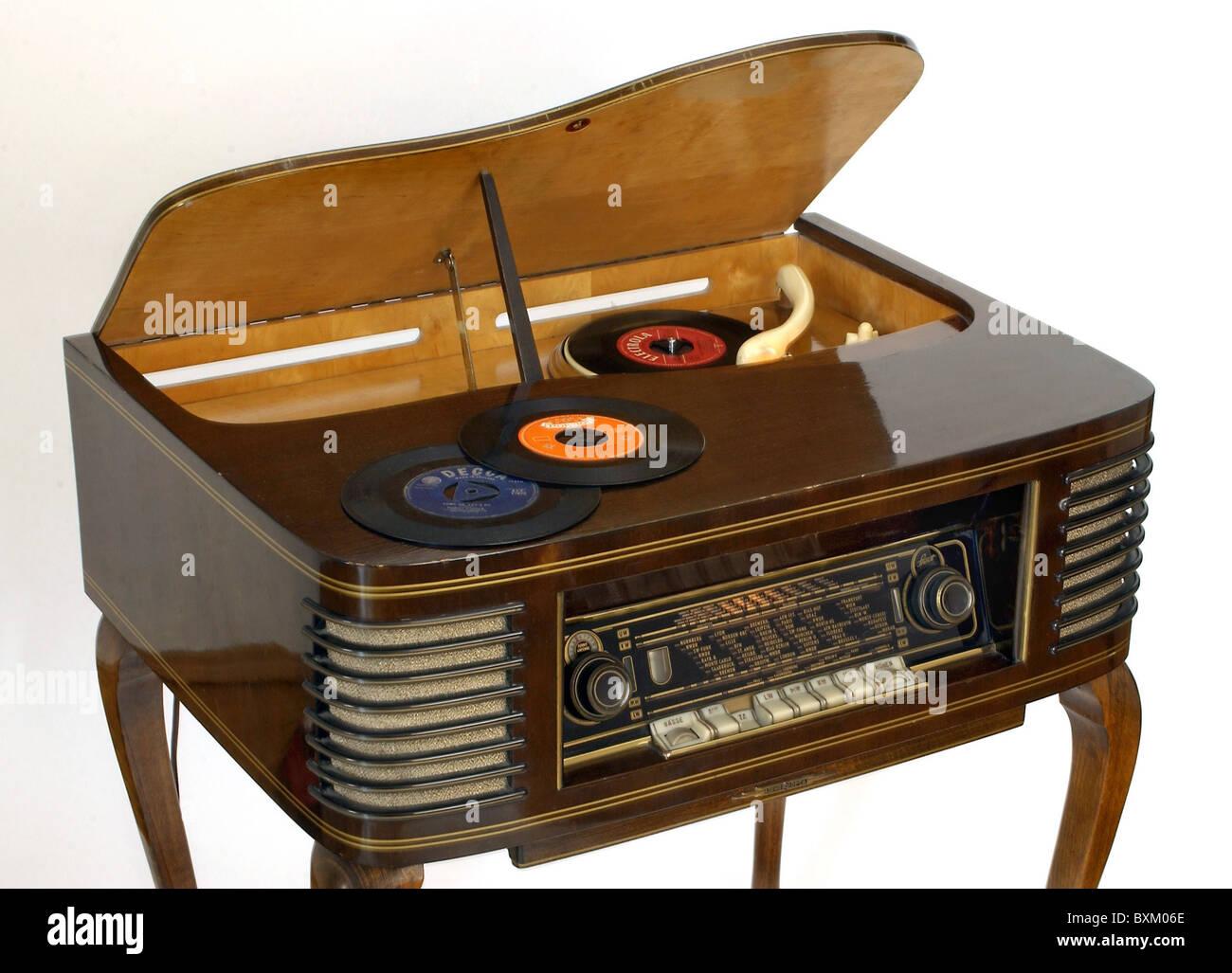 technics, radio, radio set Loewe-Opta Spinett 551 TP, music