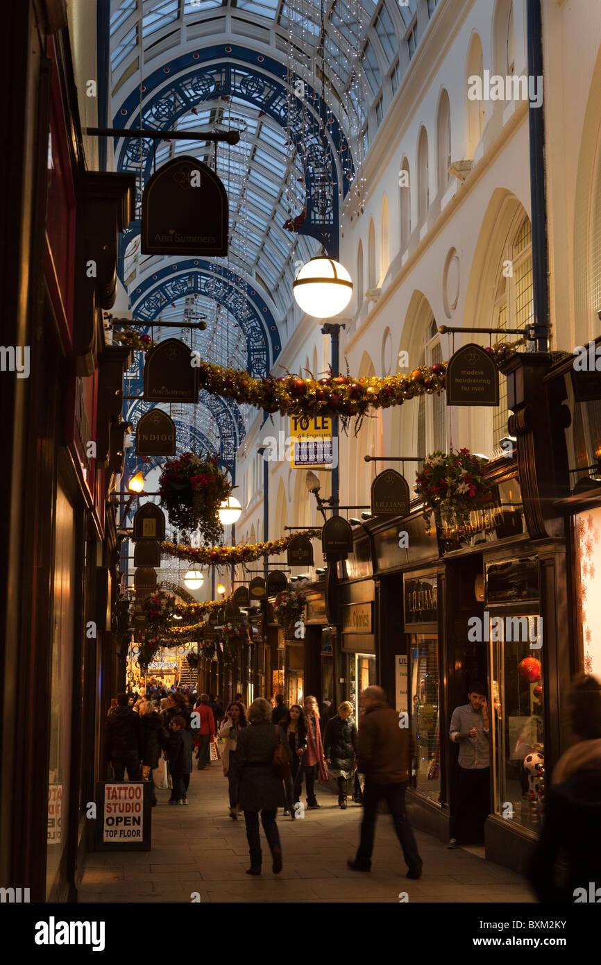 UK, England, Yorkshire, Leeds, Victoria Quarter, Thornton's Arcade at Christmas - Stock Image