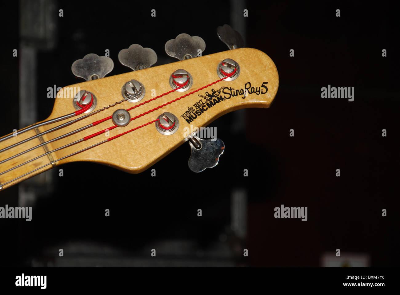 musicman stock photos musicman stock images alamy. Black Bedroom Furniture Sets. Home Design Ideas