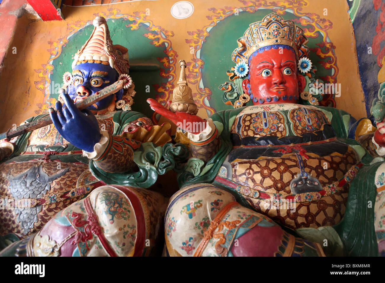 Statues inside the  Gyangtse Kumbum part of the Palcho Monastery in Tibet - Stock Image