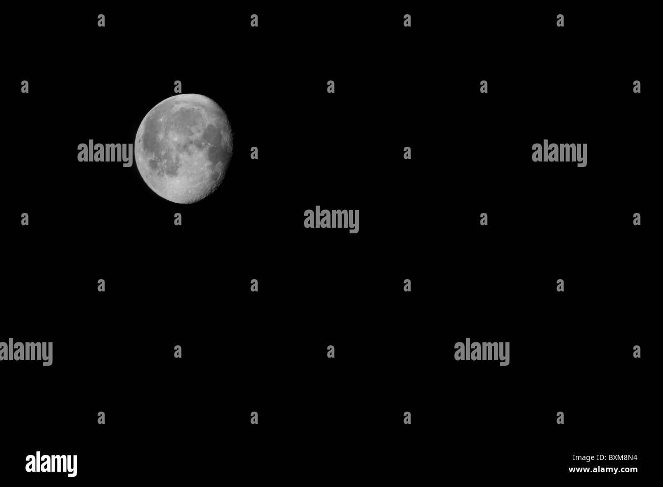 Full Moon on Christmas eve morning halifax uk - Stock Image