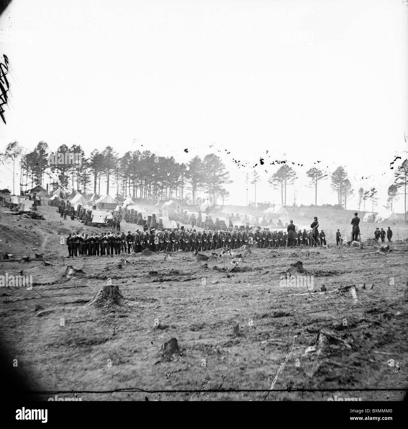 Brandy Station, Virginia. Headquarters, Army of the Potomac. Company of Zouaves in foreground - Stock Image