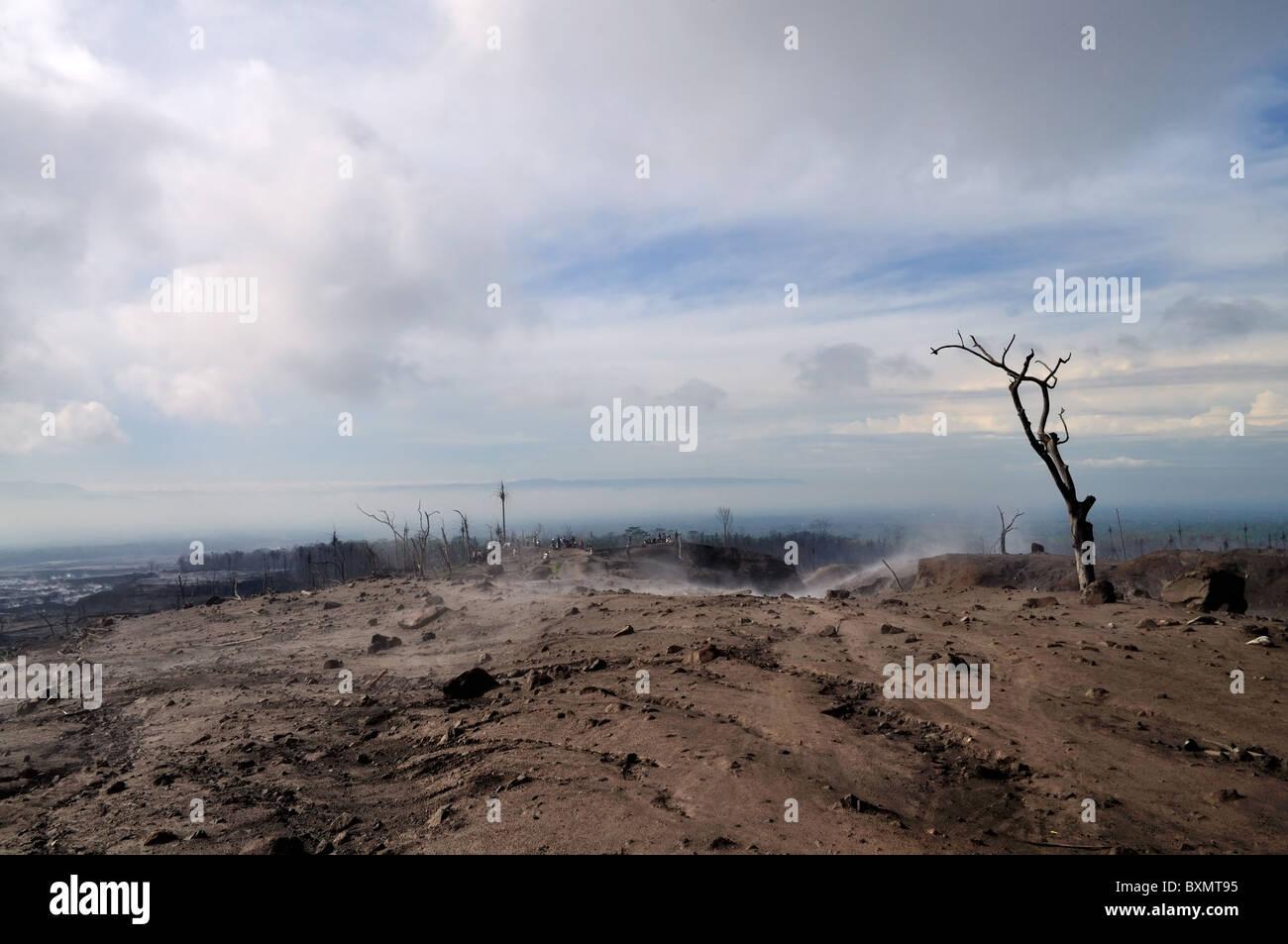 Kopeng village (Cangkringan, Yogyakarta, Indonesia) was burnt by hot clouds of Merapi - Stock Image