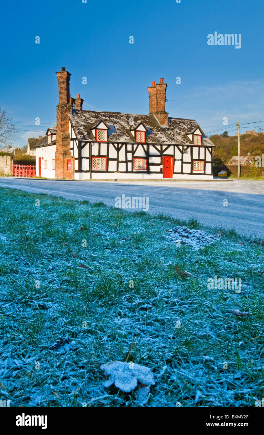 Frosty Morning at Smithy Cottage, Beeston, Cheshire, England, UK - Stock Image