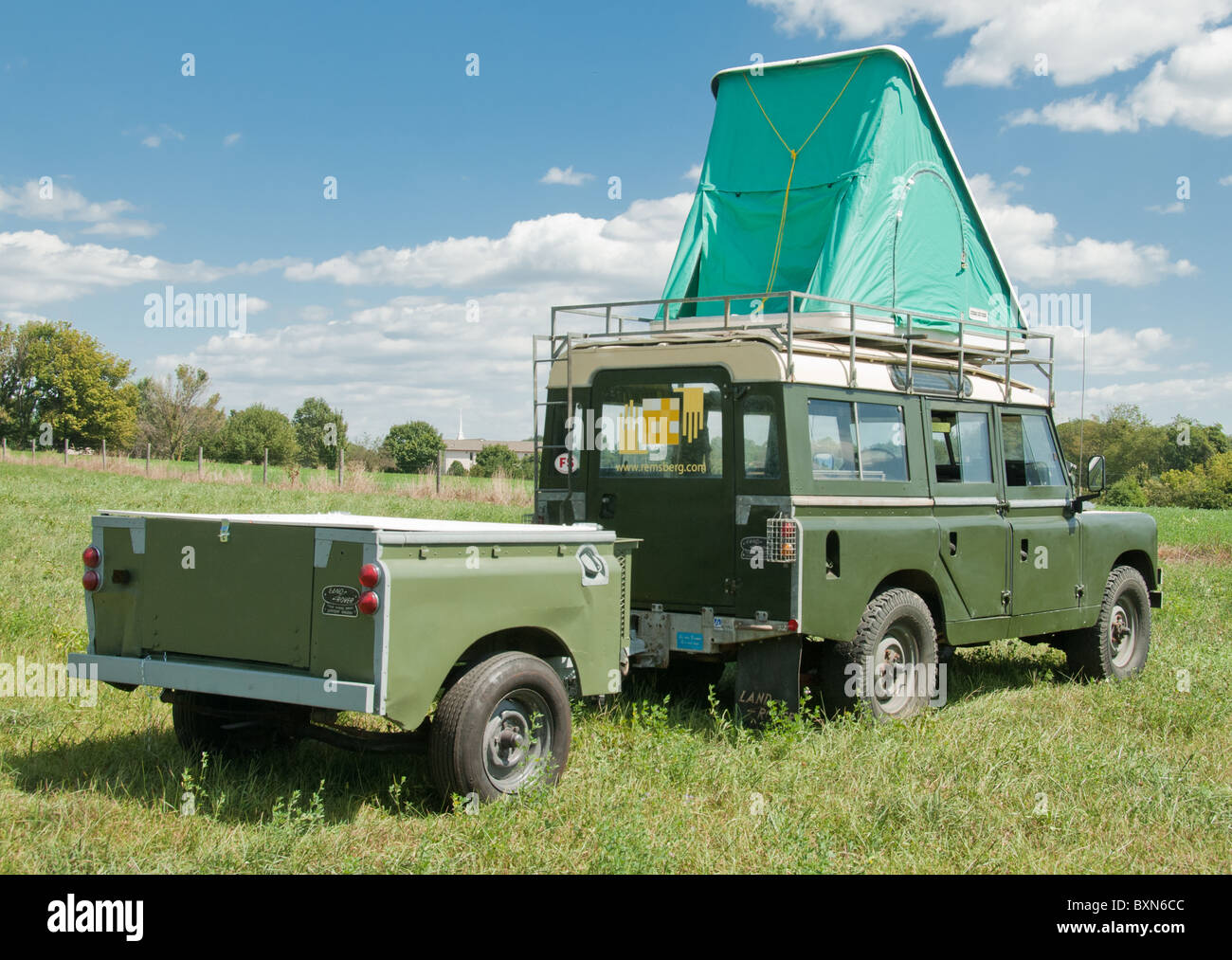 Land Rover Of Columbia >> Land Rover Series 2a 109 with Autohome Columbia roof top tent and Stock Photo: 33657468 - Alamy