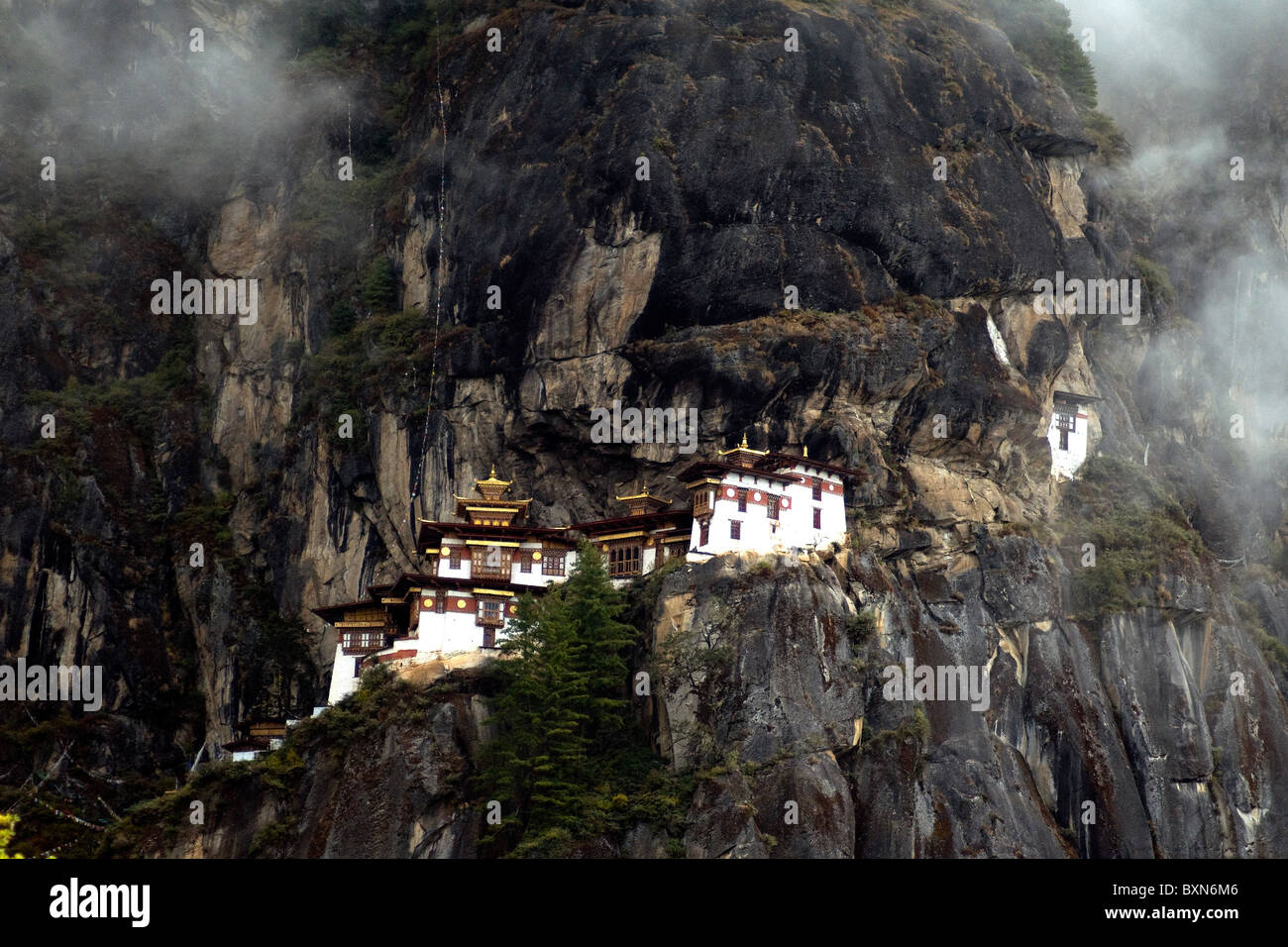 Tiger's Nest, or Taktsang, a Buddhist monastery spectacularly located high on a cliff face in Bhutan - Stock Image