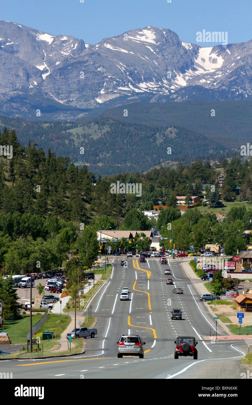 The town of Estes Park located at the entrance to Rocky Mountain National Park in Colorado, USA. - Stock Image