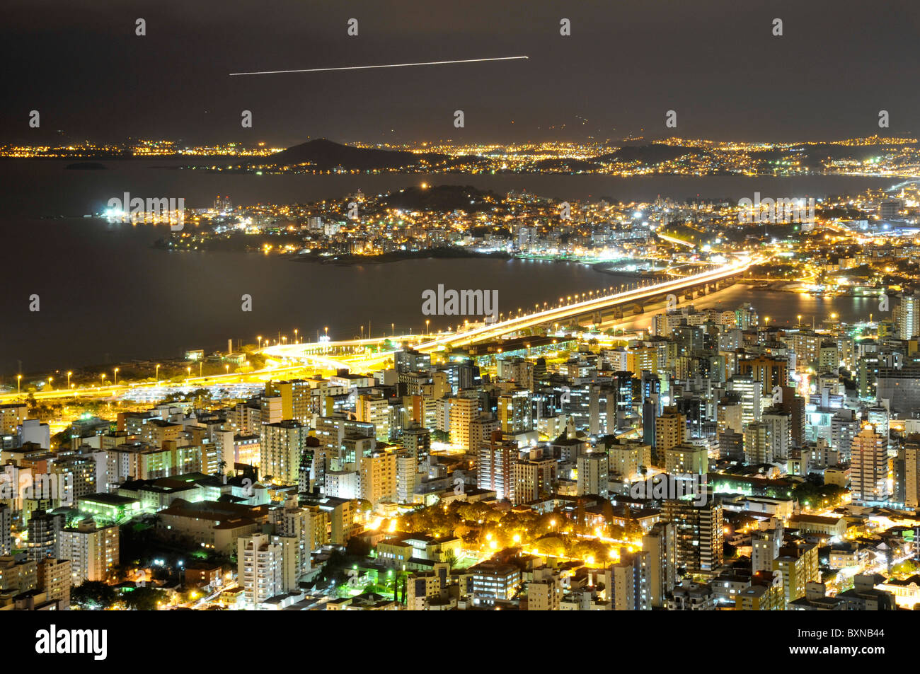 Connection between Florianopolis Island and mainland, night view, Santa Catarina, Brazil - Stock Image