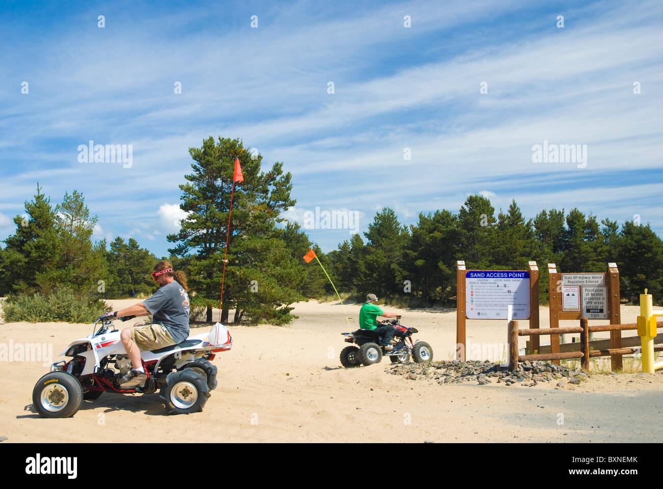Four wheeling at the Oregon Dunes National Recreation Area, Coos Bay, Oregon Stock Photo