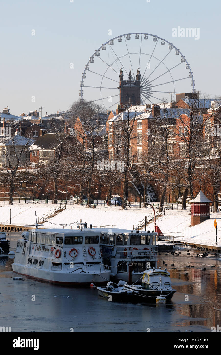 Boats on the River Dee and the Chester Wheel - Stock Image