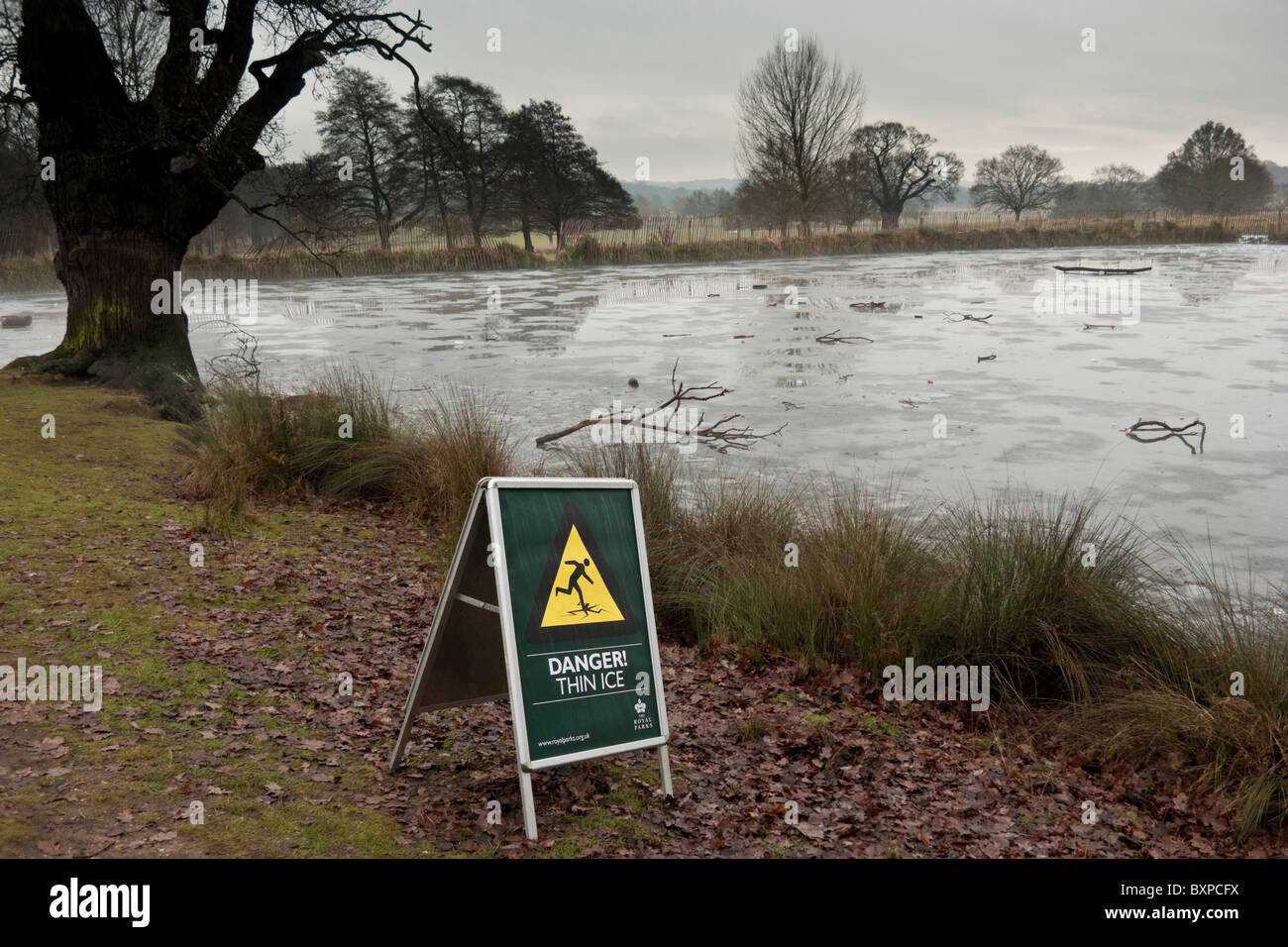 Danger, thin ice sign - Stock Image