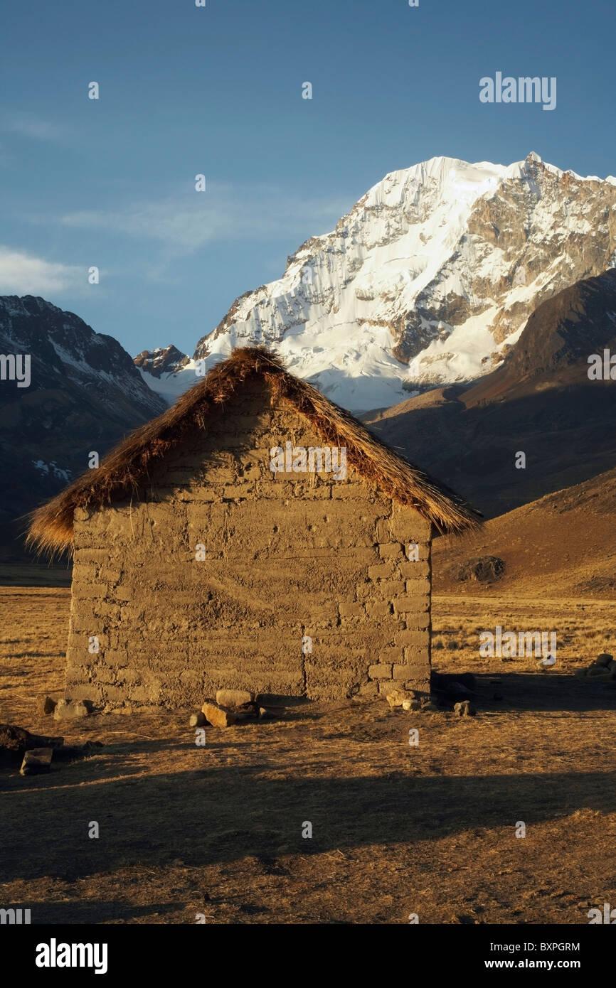 Mud Brick Hut Near Huayna Potosi Peak - Stock Image