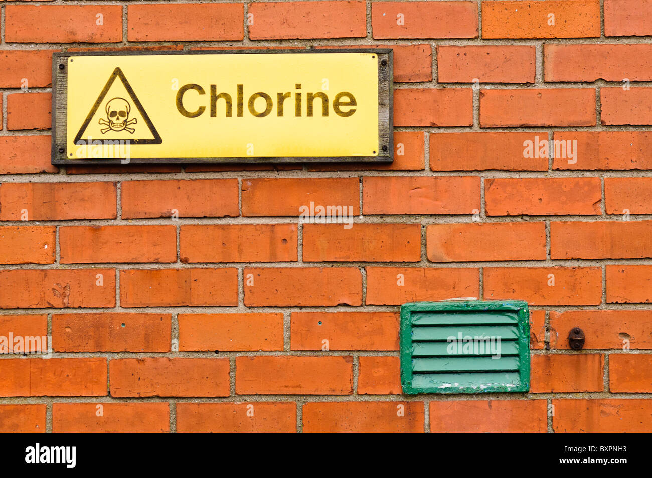 Sign warning about the presence of toxic Chlorine - Stock Image