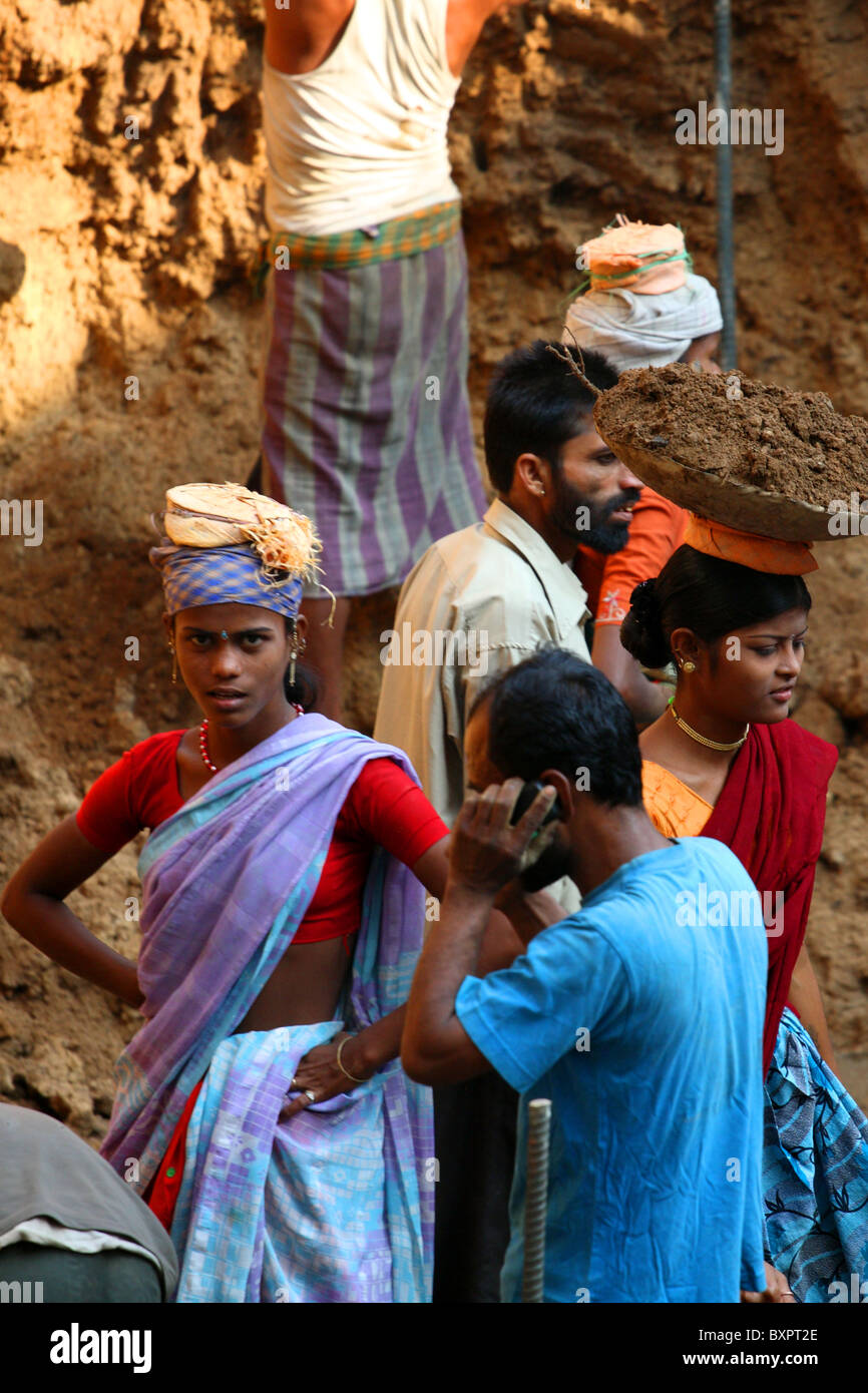 Female labourers in Mumbai, India - Stock Image