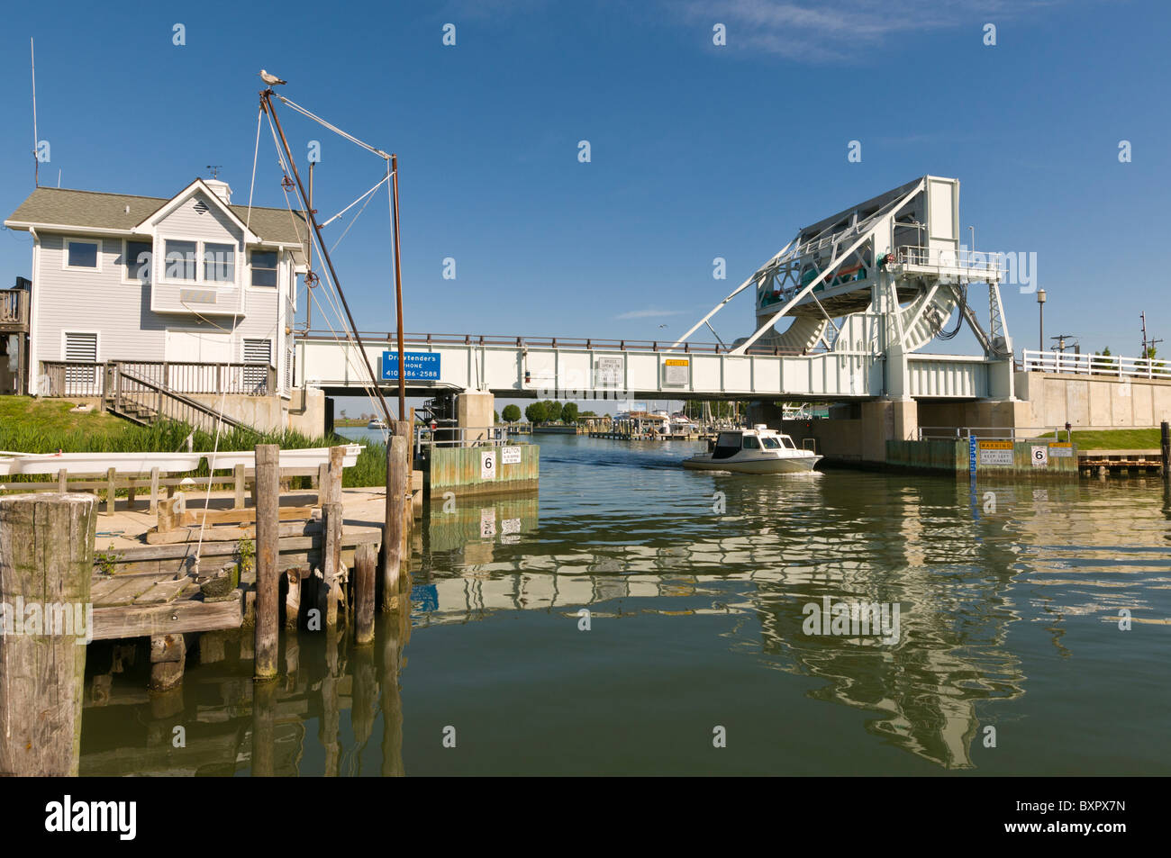 Knapps Narrows Drawbridge, the busiest drawbridge in the United States,Tilghman Island, Talbot County, Maryland - Stock Image
