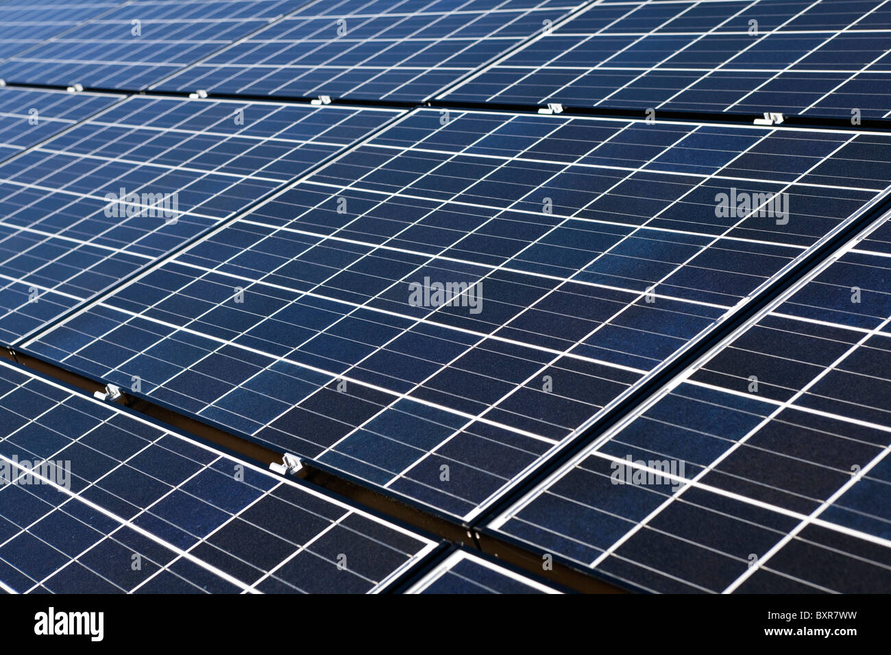 New large solar array in Nevada's mojave desert. - Stock Image