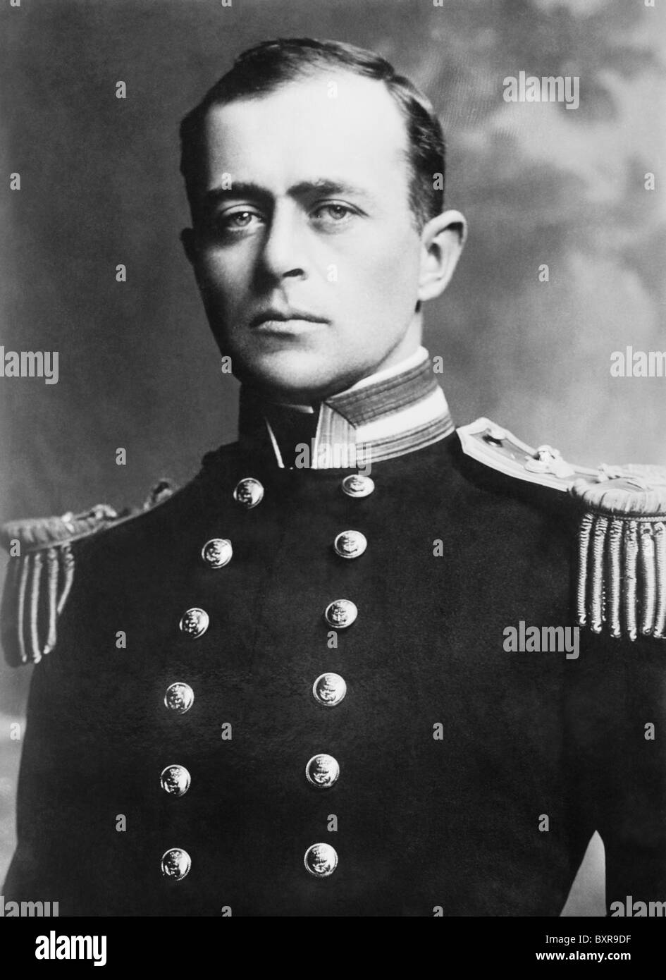 Vintage portrait photo of British Royal Navy officer and polar explorer Captain Robert Falcon Scott (1868 - 1912). - Stock Image