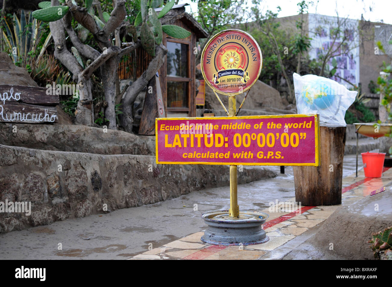 Sign marking the equator line in a museum near the official 'Mitad del Mundo' (middle of the world) monument - Stock Image