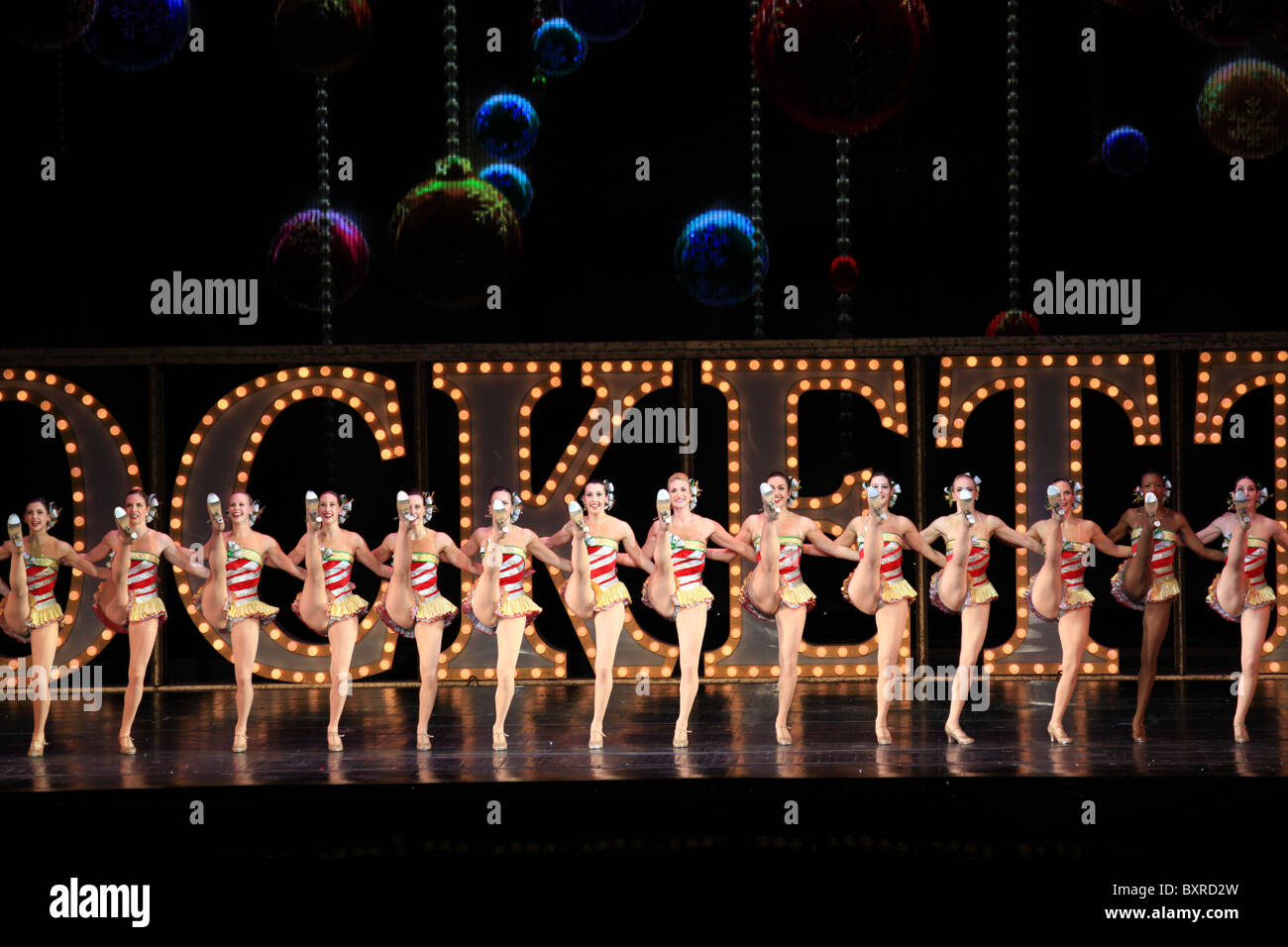 Radio City Rockettes Christmas Stock Photos & Radio City Rockettes ...