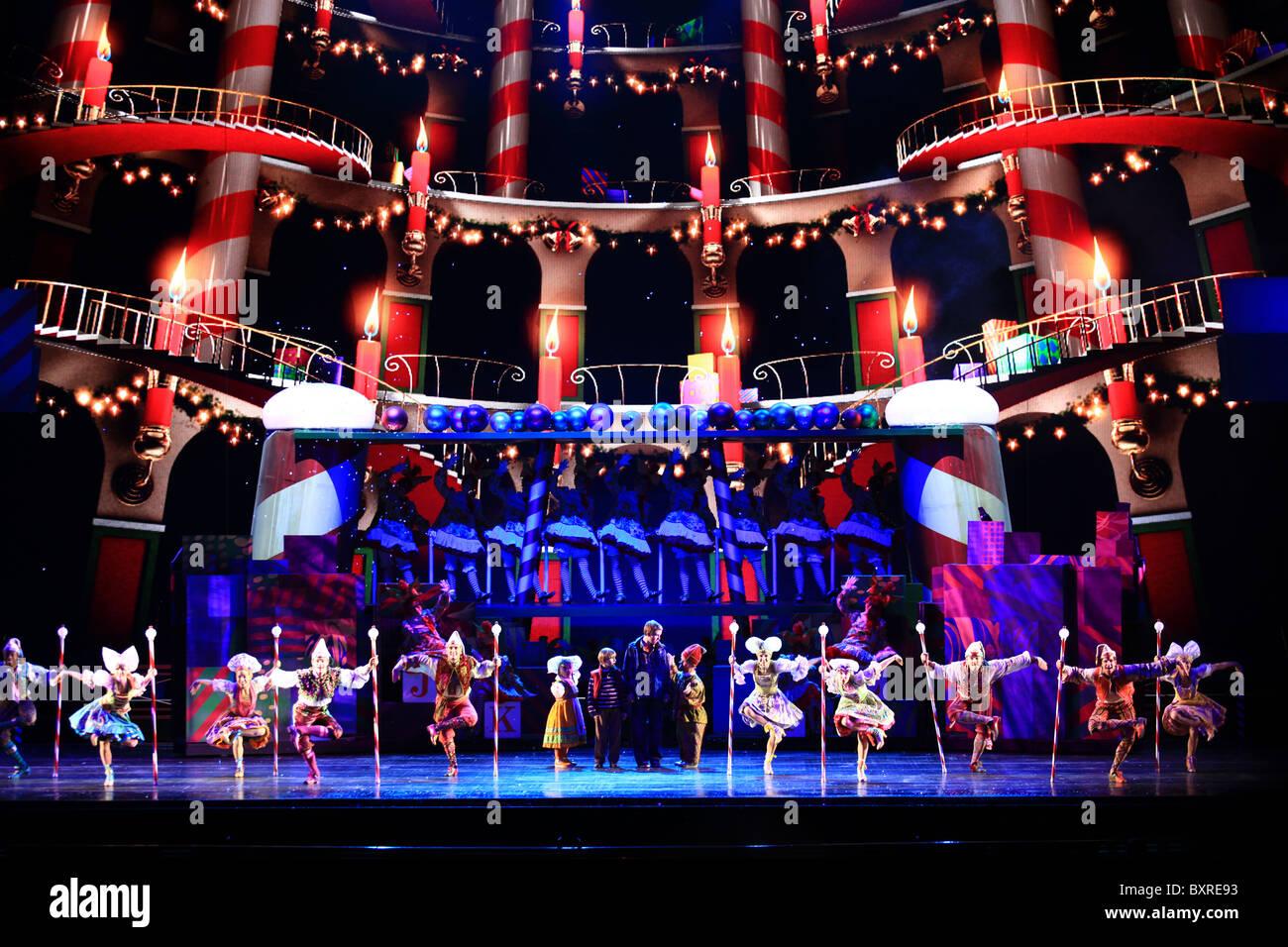 Radio City Music Hall Christmas Spectacular.Magic Is There Scene Radio City Music Hall Christmas