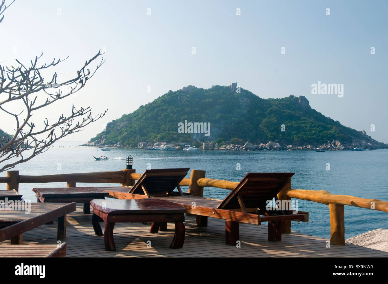 Thailand, Ko Tao, Ko Nang Yuan as seen from the Nangyuan Terrace at the northern end of Ko Tao - Stock Image