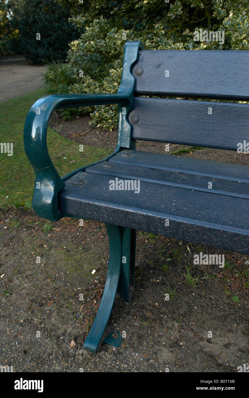 Recycled Plastic Park Bench Stock Photo Alamy