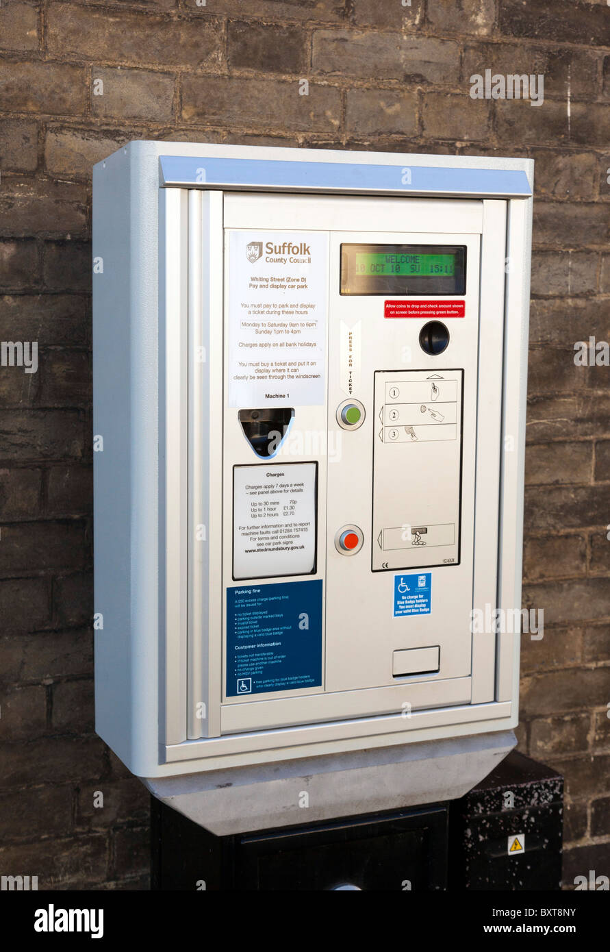 parking ticket machine for pay and display charge - Stock Image