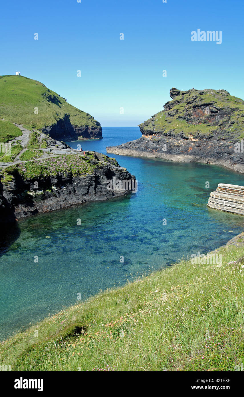 The entrance to the harbour at Boscastle on the north coast of Cornwall, UK - Stock Image