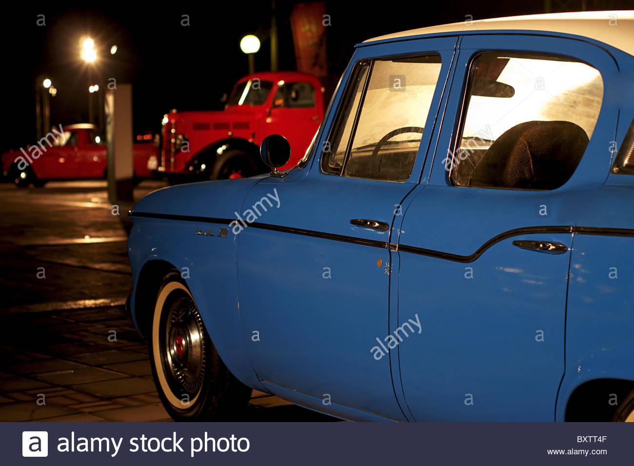 Old classic collectible  car display Doha Corniche - Stock Image