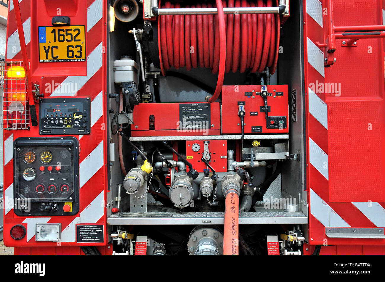 fire truck gauge dial hosepipe France - Stock Image