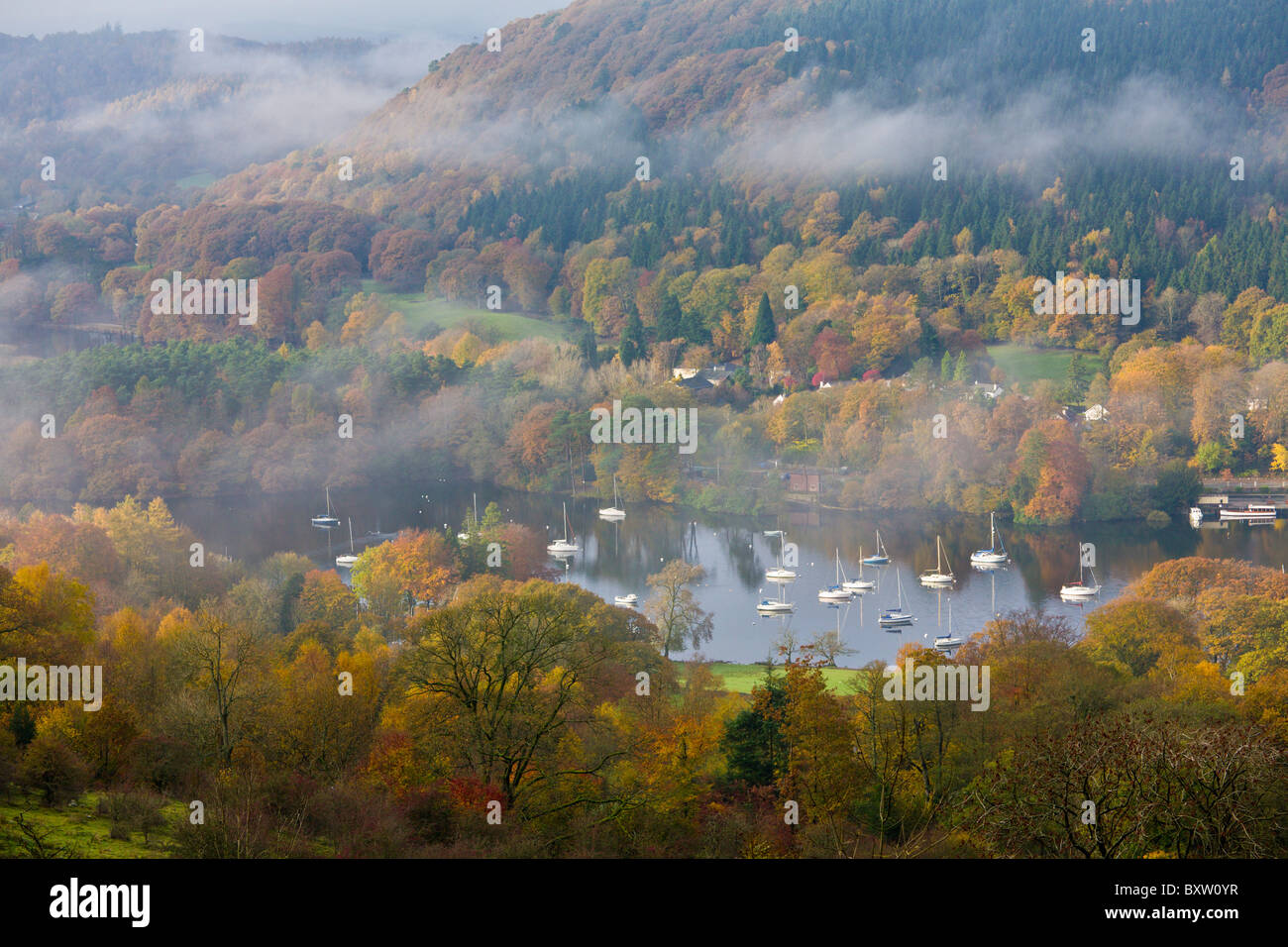 Fell Foot Park in the Autumn, Lake Windermere, Cumbria, England - Stock Image
