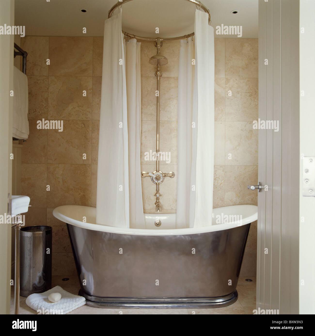 Travertine Bathroom Stock Photos & Travertine Bathroom Stock Images ...
