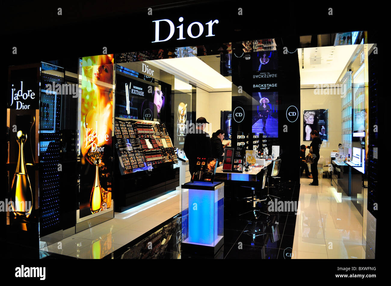 Top 10 Jewelry Brands In Malaysia Top 10 Jewelry Brands