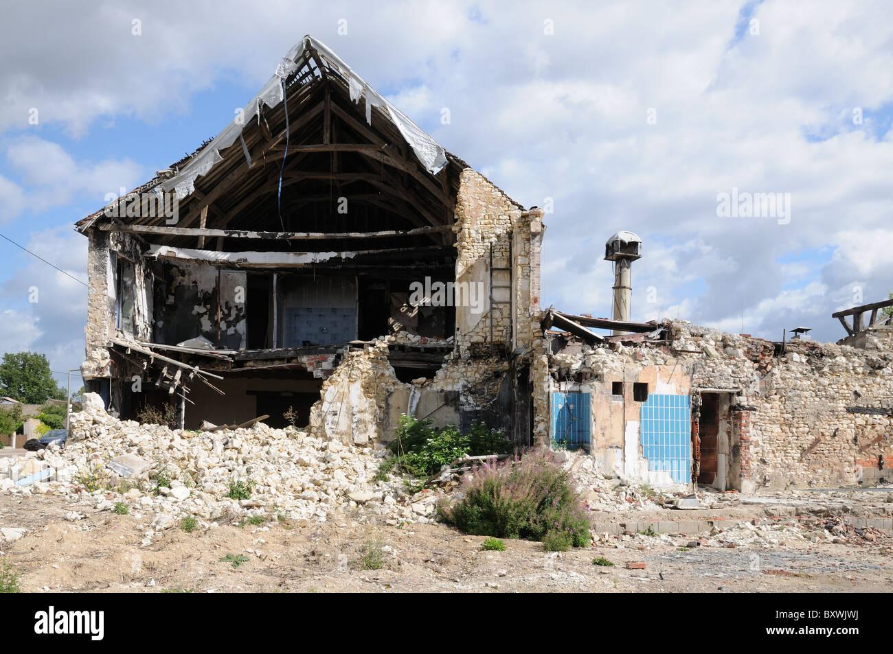 Partially demolished house building near Joigny Burgundy France - Stock Image