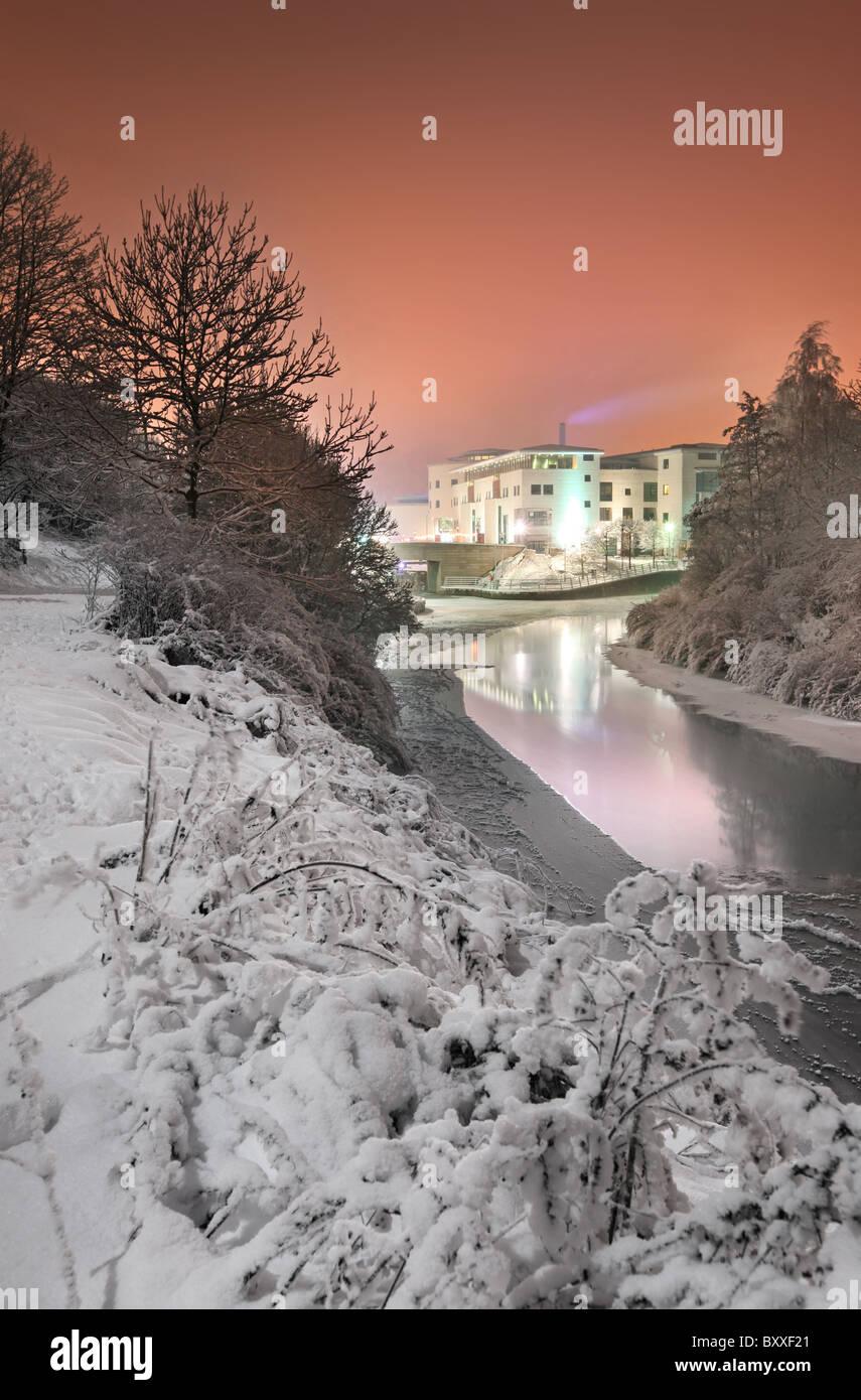 Lagan Valley Island center in December snow, Lisburn. - Stock Image