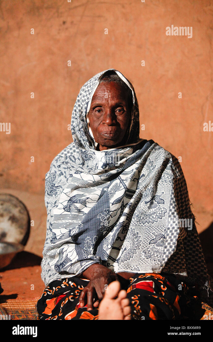 Fulani woman in Djibo in northern Burkina Faso. - Stock Image
