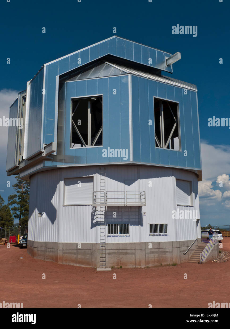The observatory that houses the 4.2 meter Discover Channel Telescope near Flagstaff, Arizona - Stock Image
