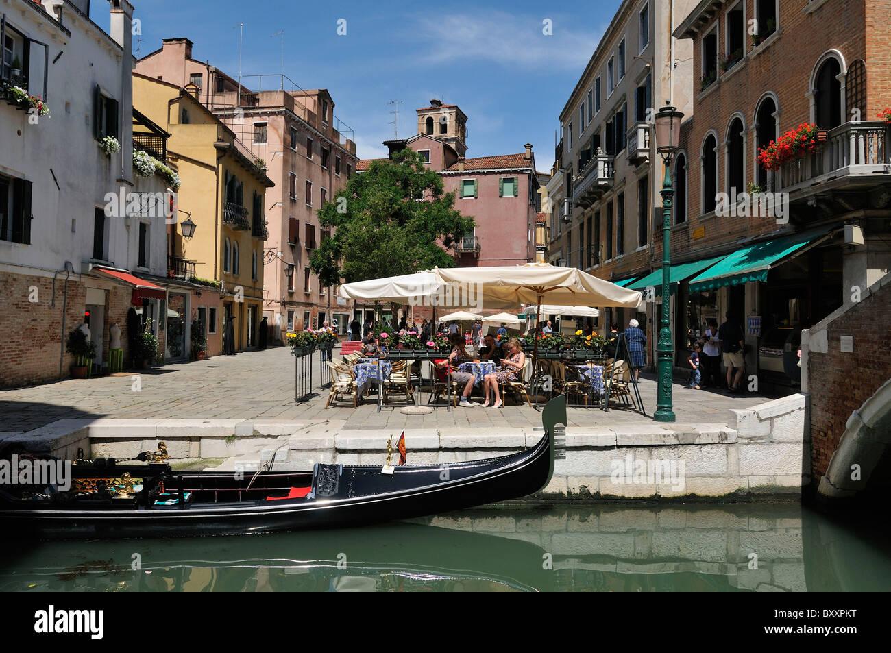 Venice. Italy. Fondamenta del Piovan & Campo Santa Maria Nova, Cannaregio. - Stock Image