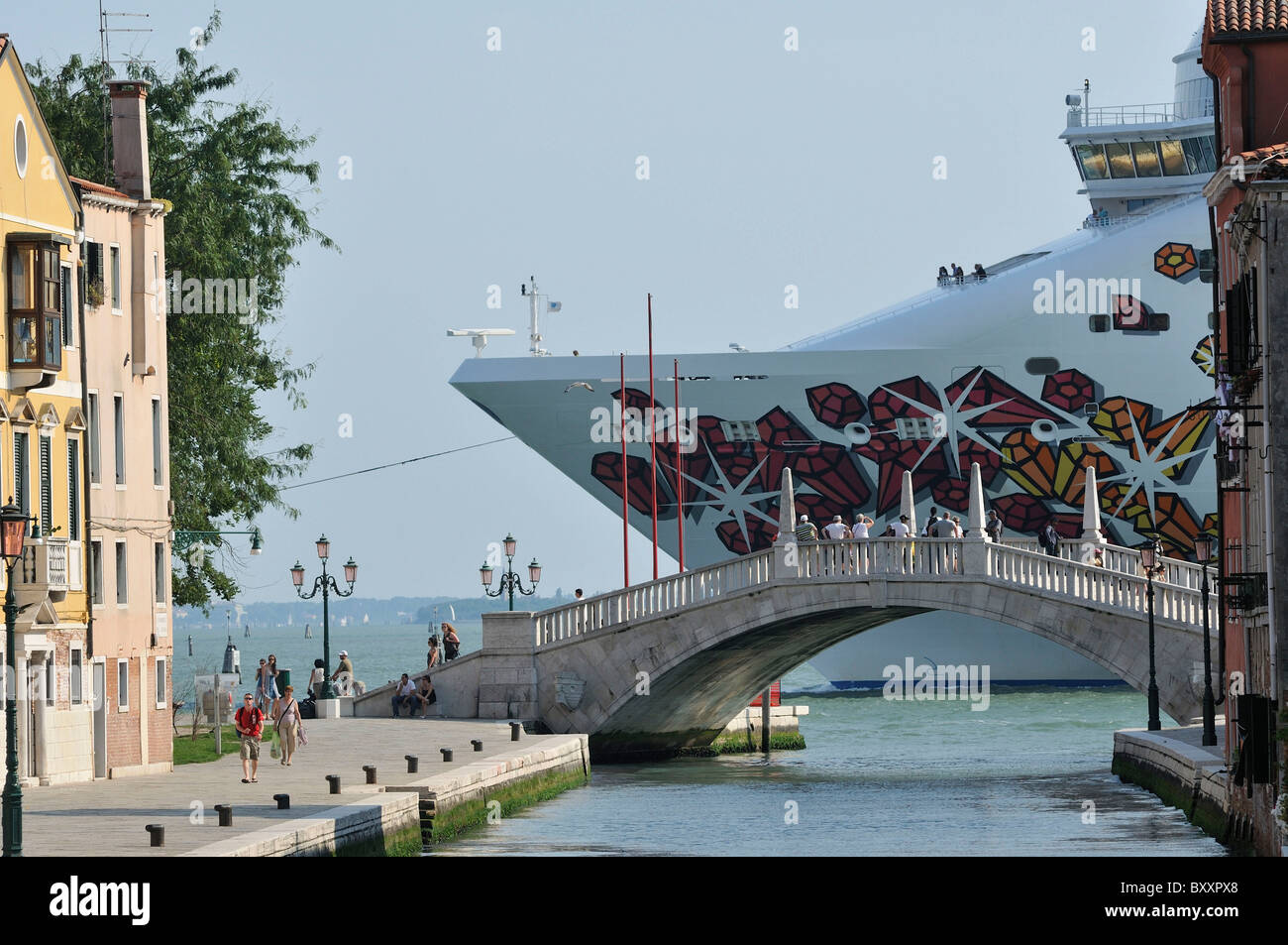 Venice. Italy. A Cruise ship passes through the Canale della Giudecca. - Stock Image