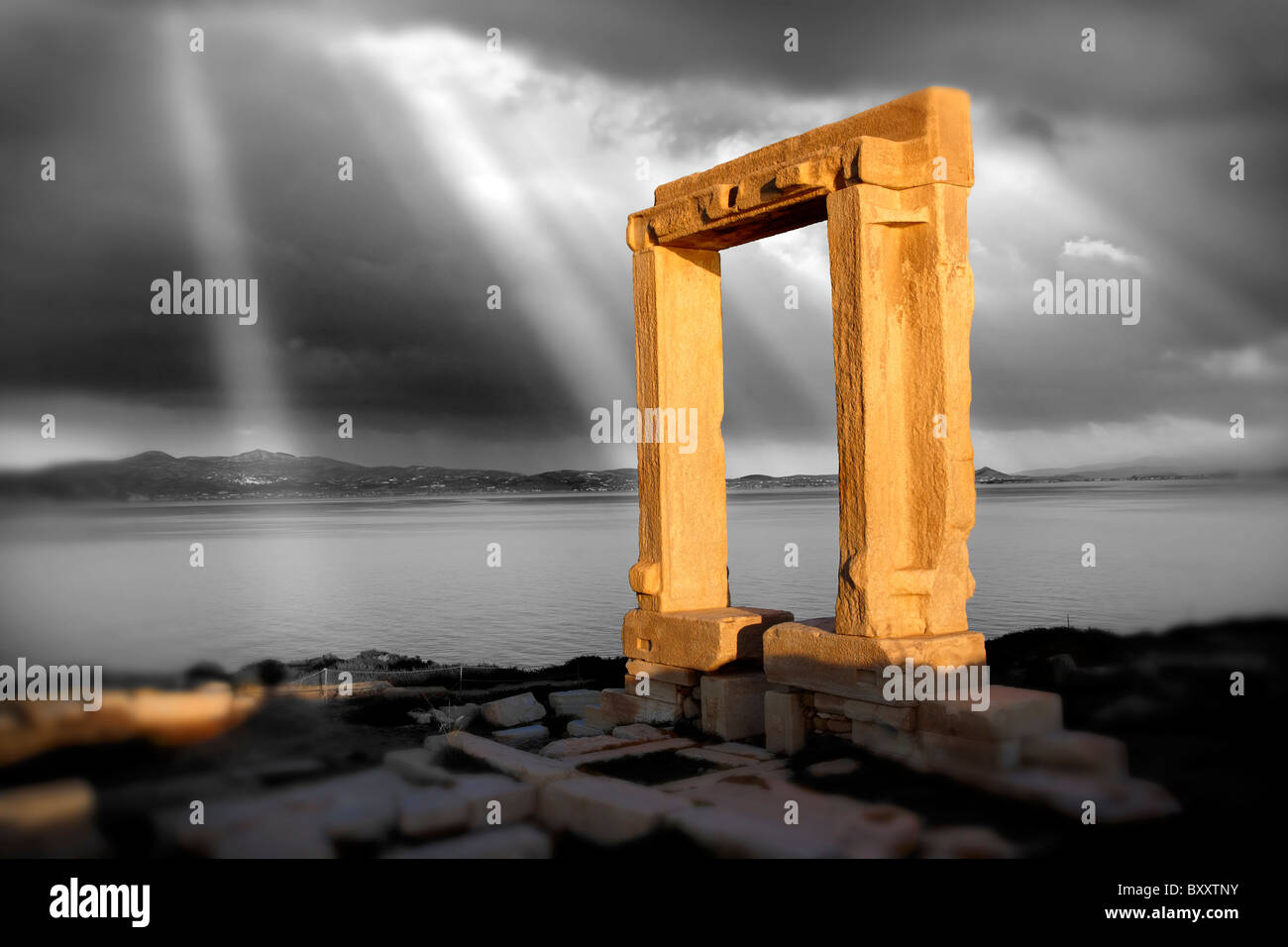 Doorway of the ruins of the Temple of Apollo. Naxos, Greek Cyclades Islands. - Stock Image